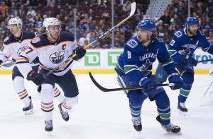 COVID-19 rules remain in place if Vancouver becomes NHL hub city