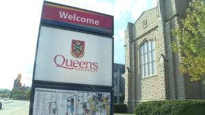 COVID-19 vaccines now mandatory to access Queen's University campus (01:34)