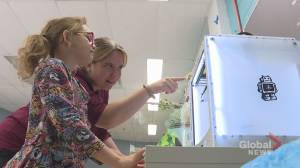 Forest Hill Elementary School uses 3D technology to help students learn