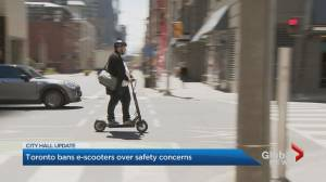 Toronto city council votes to uphold e-scooter ban (02:18)