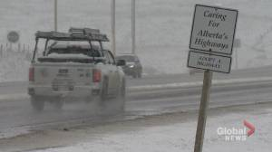 Drivers undeterred by wintry highway conditions outside of Calgary
