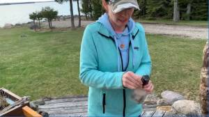 A message in a bottle found on Manitoulin Island brings two families together (02:14)