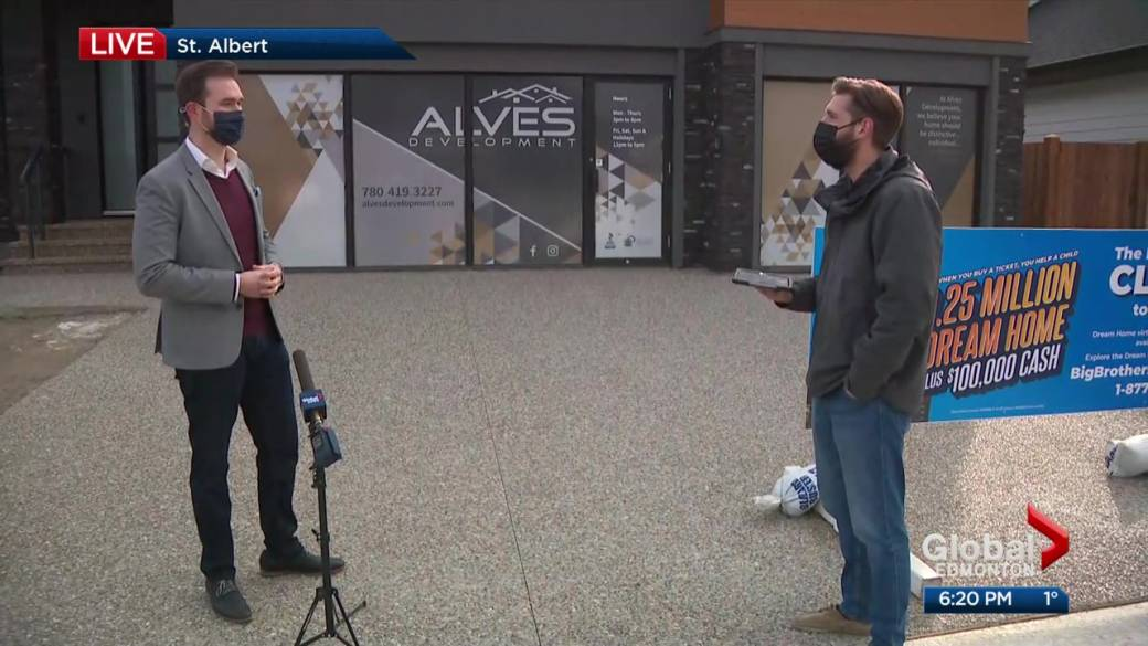Click to play video: 'Big Brothers Big Sisters in search of volunteers in Edmonton'