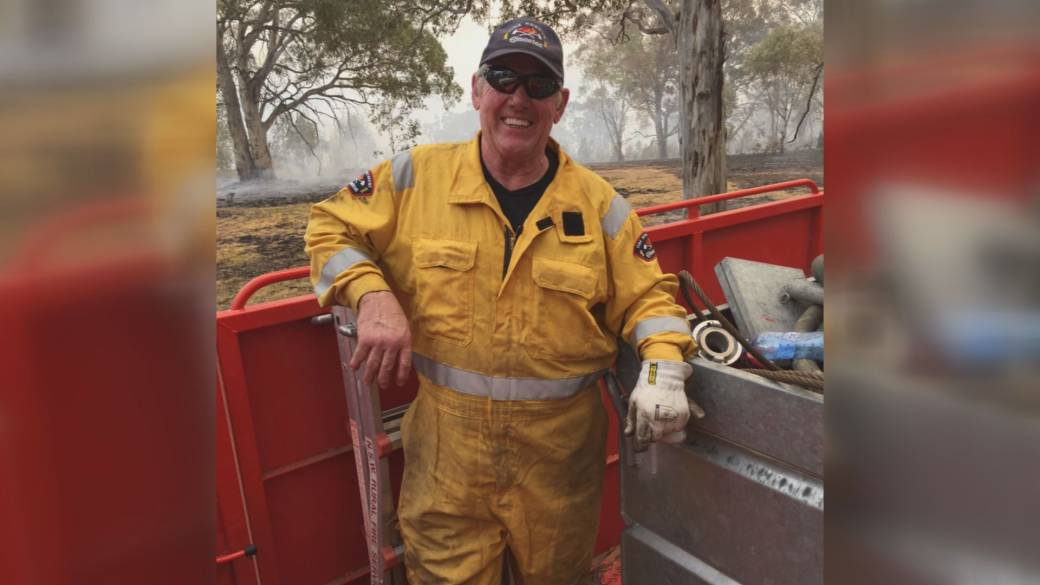 With no plan in place, a retired Edmonton firefighter flew out to Australia to help fight wildfires