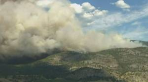 Hundreds leave homes, thousands on alert due to B.C. wildfire