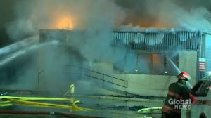 Morning fire destroys building near downtown Saskatoon (01:15)