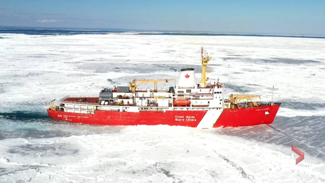 Click to play video 'The Canadian Ice Service protects ships in winter waters'