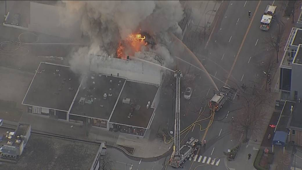 Click to play video: 'Fires break out at Masonic halls in North Vancouver'