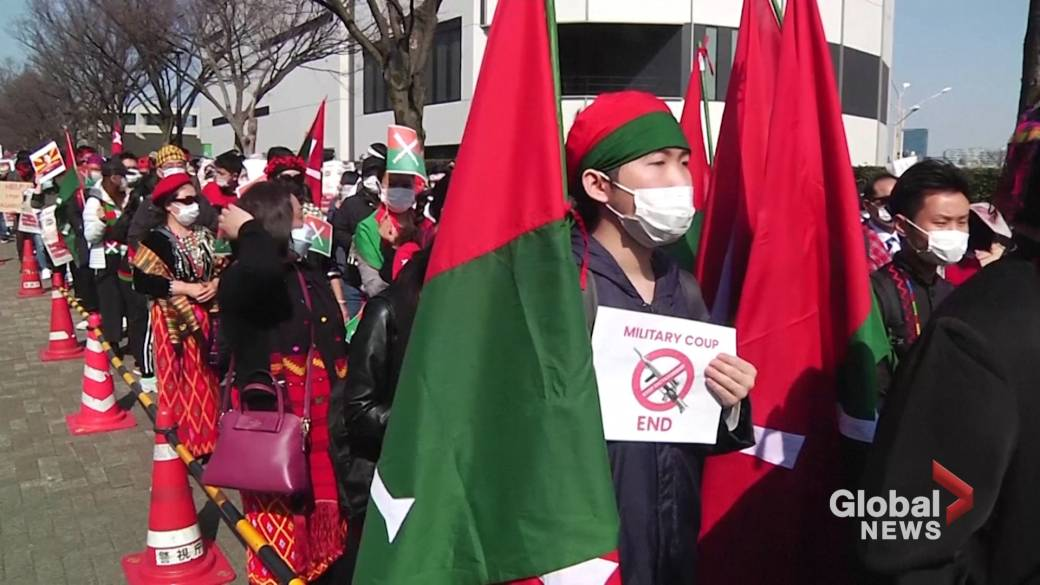 Click to play video 'Anti-military demonstrations continue for 9th straight day in Myanmar'