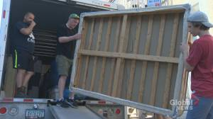 Montrealers face change of pace on moving day