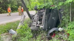Truck crashes into hydro pole in Alnwick/Haldimand Township (00:31)