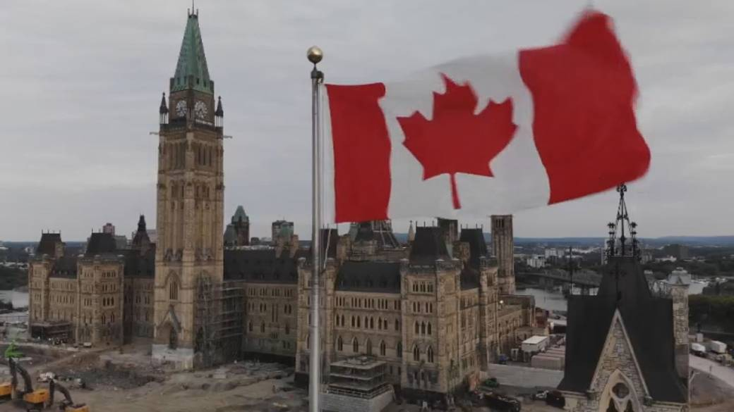 Click to play video: 'The political strategy of Canada's pandemic spending plan'