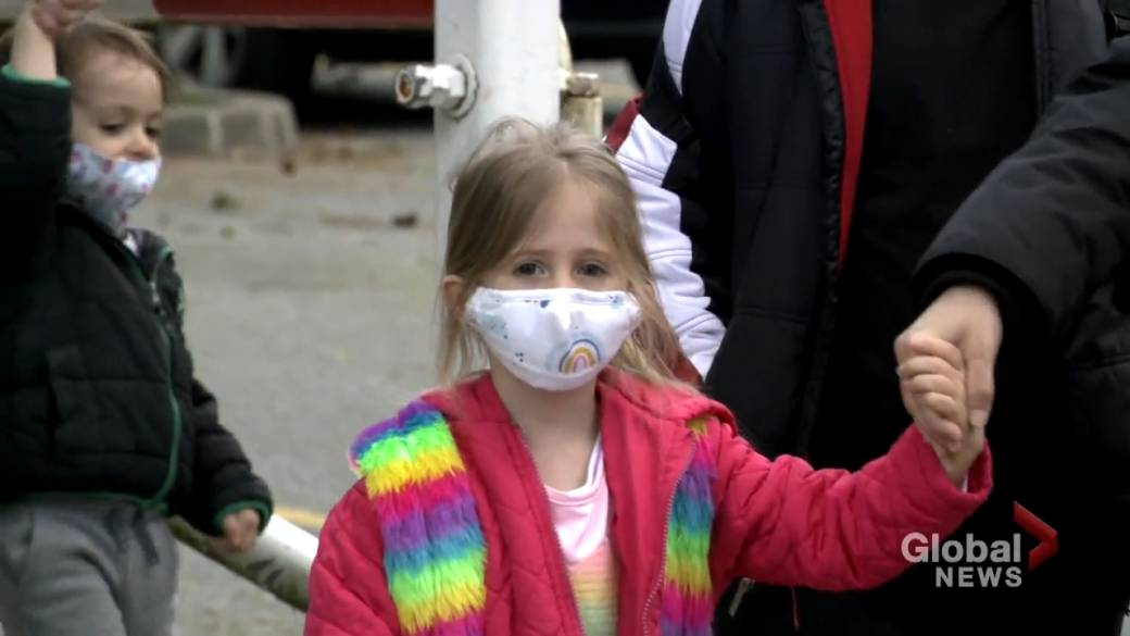 Click to play video: 'Petition calls for masks to remain in Nova Scotia schools'