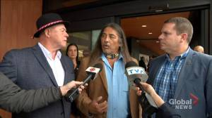 Oka's mayor offers apology and reconciles with Kanesatake's Grand Chief