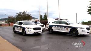 Longueuil police force takes on new approach to policing (02:03)