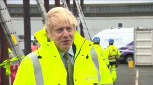 """Brexit: Boris Johnson says talks """"looking difficult"""" as EU warns just hours left to strike deal (04:15)"""