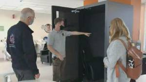 Montreal company brings resting pods to fatigued hospital staff (02:16)