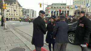 Remembrance Day: Silver Cross Mother arrives at National War Memorial for Ottawa ceremony