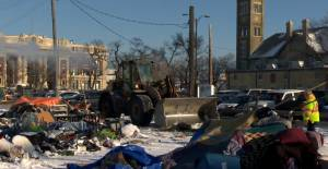 Temporary encampment in Winnipeg torn down after latest fire (01:33)