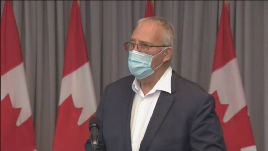 Click to play video 'Coronavirus: Public Safety Minister Bill Blair says extension of U.S.-Canada border closure to be announced soon'