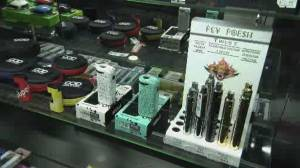 Vaping 'epidemic' prompts U.S. to issue ban