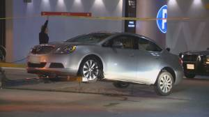 Victim of downtown Vancouver shooting identified as 35-year-old man (02:05)