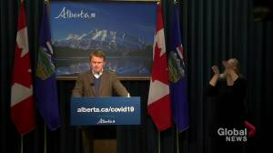 Alberta announces expansion of COVID-19 vaccine rollout to include paramedics, emergency responders (01:35)