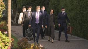 Meng Wanzhou leaves her Vancouver house for court, possibly for the last time (01:00)