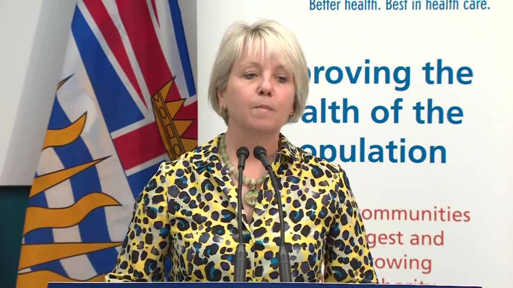 Click to play video: ''We will give people the choice': Dr. Bonnie Henry on receiving second vaccine following AstraZeneca shot'