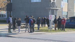 COVID-19 complacency rampant at first high school in South Okanagan to have exposure, students say (01:55)