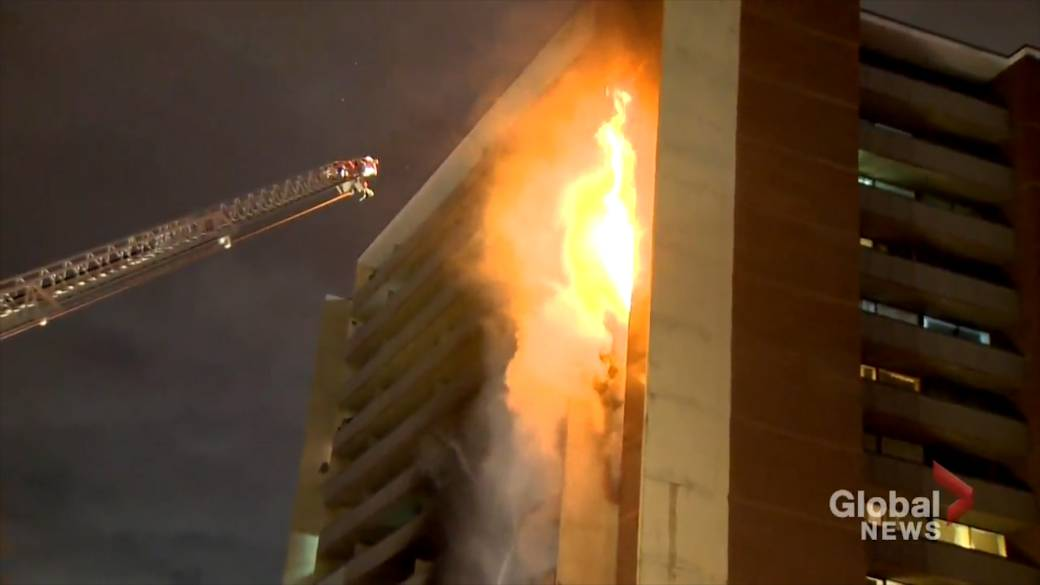 'It was like a towering inferno': Resident recalls 5-alarm Toronto apartment blaze