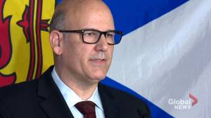 Labi Kousoulis steps down as minister, announces candidacy for premier's spot