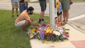 Outpouring of grief in London, Ont. for Muslim victims killed in vehicle attack (03:05)