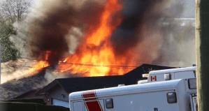 Surrey fire leaves several injured (00:38)