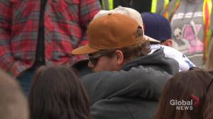 Silent vigil held for slain Hinton mother, toddler outside Alberta courthouse (02:08)