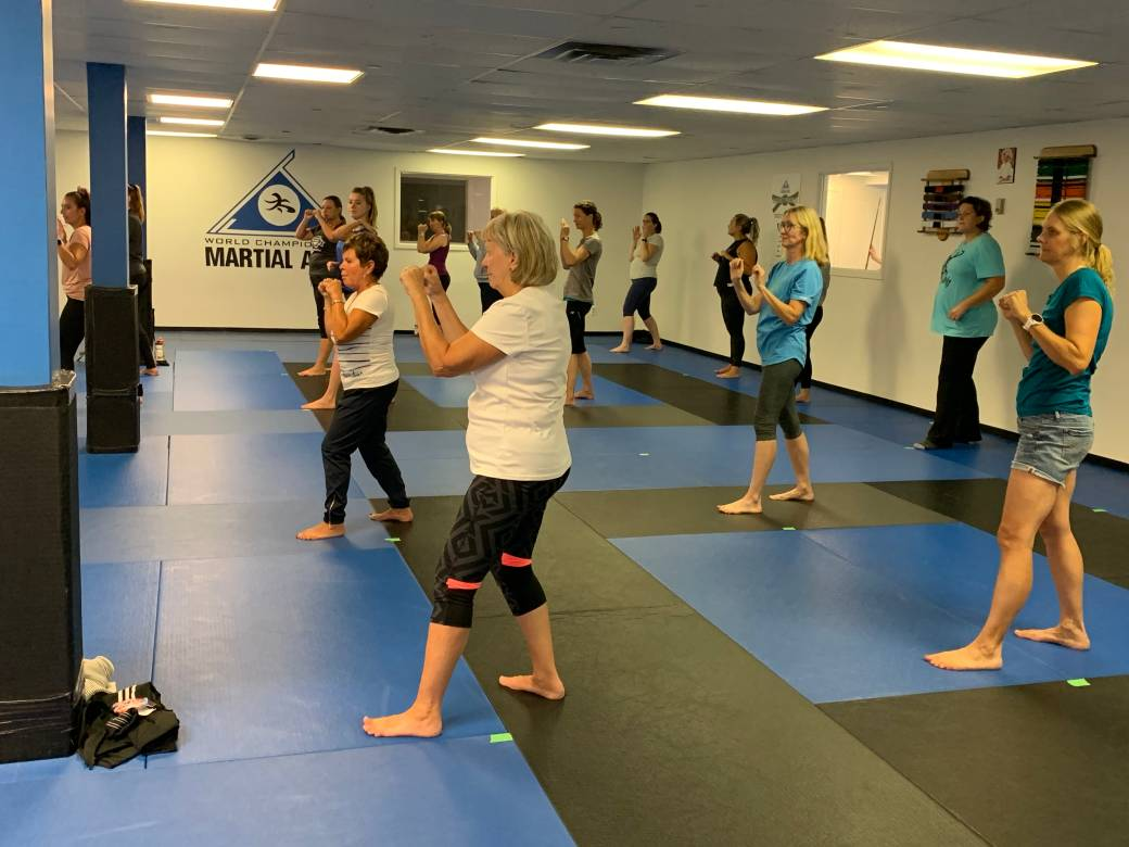Click to play video 'Women's self-defense class held at Peterborough martial arts school following Jackson Park attack'