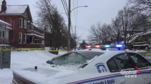 1 taken to hospital after stabbing on Aylmer St. in Peterborough (01:37)
