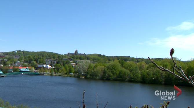 Click to play video: 'A lot of happy faces' with loosened COVID-19 restrictions in Edmundston region