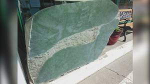 Giant jade boulder stolen from outside B.C. tourist shop recovered (01:01)
