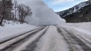 Avalanche triggered by Utah officials caught on camera