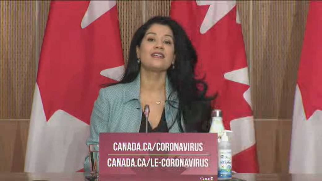 Click to play video 'Coronavirus: Moderna's vaccine approval 'critical' for equitable access, Health Canada officials say'
