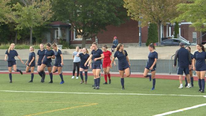 The Gaels look to upset Ottawa in university women's soccer