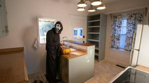 Realtor hides as horror movie character from 'Scream' in listing photos