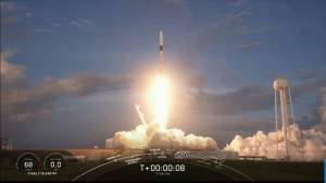 SpaceX successfully launches 13th mission of Starlink satellites (02:48)