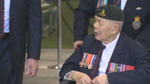WWII vet George Chow dead at 99 (00:37)