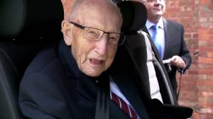 Coronavirus: British WWII veteran Capt. Tom Moore dies at 100 after contracting COVID-19 (00:40)