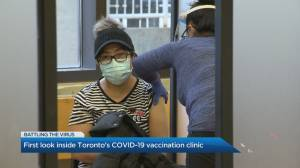 Global News visits Toronto COVID-19 vaccination clinic (03:15)