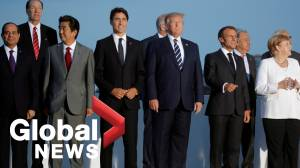 "G7 summit: World leaders pose for ""family photo"" in Biarritz"