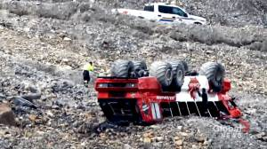 Former drivers say Columbia Icefield tour buses frought with safety issues, poor maintenance