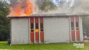 No injuries as fire destroys home in Alnwick-Haldimand Township (00:49)